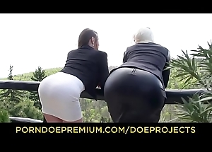 SLAM US - Busty minxes Vittoria Dolce and Cathy Heaven botheration rammed in gang flourish