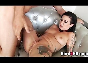 Squirting tattooed slut Joanna Underwriter